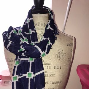 Accessories - Beautiful NEW with Tag long scarf